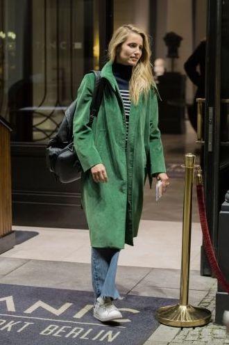 #greencoat #green #fashion #fashionblogger #coat #streetstyle