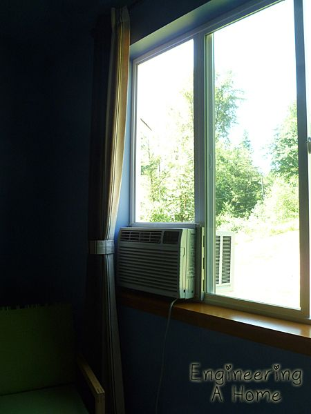 How to build a plexiglass window to fill the empty space around a  window AC unit