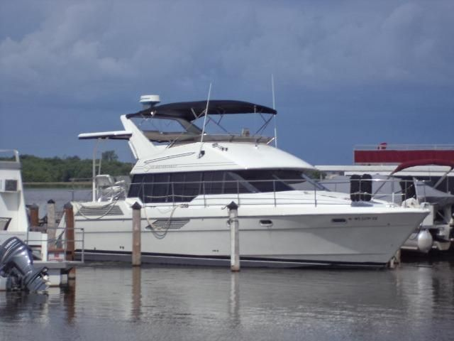 1992 Bayliner 4387 Motoryacht Power Boat For Sale - www.yachtworld.com