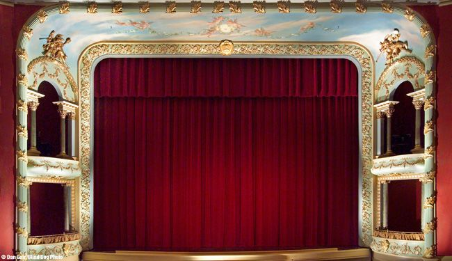 Proscenium Arch :: (c) Dan Gair, Blind Dog Photo | Poor of ...