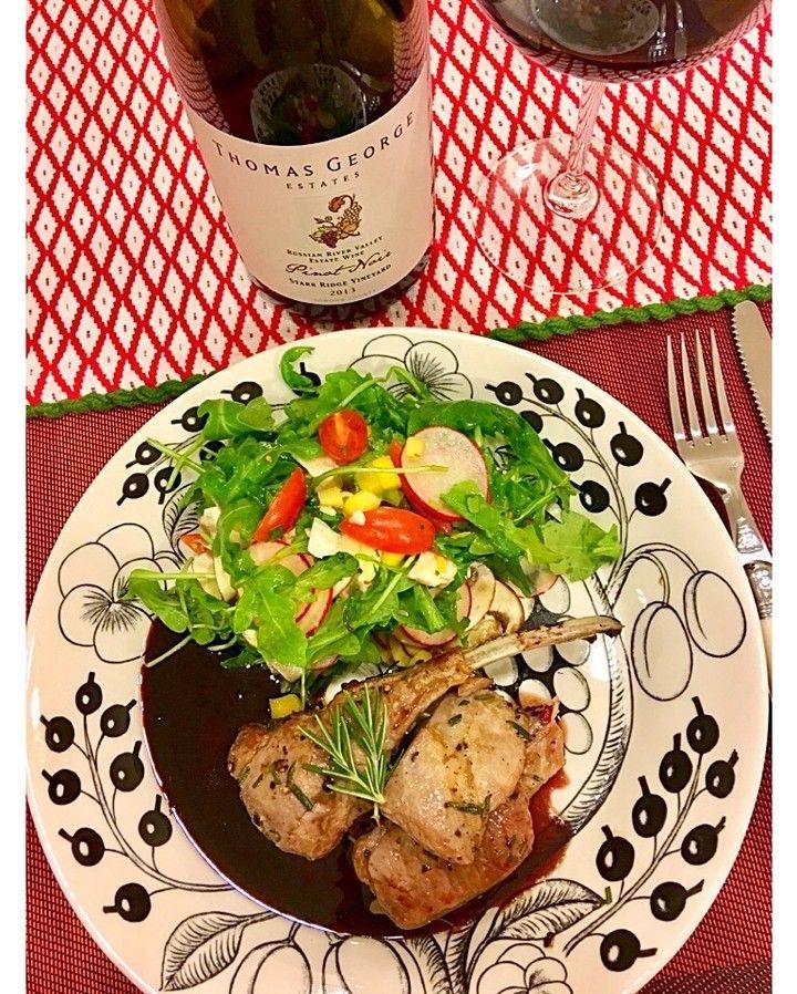 Chidori Minamiさんのおうちdeラムチョップ #snapdish #foodstagram #instafood #food #homemade #cooking #japan #ramchops #ittala #料理 #手料理 #ごはん #おうちごはん #テーブルコーディネート #器 #お洒落 #和食 #ていねいな暮らし#暮らし #ばんごはん #おつまみ #うちバル #北欧 #食器 https://snapdish.co/d/uz4PXa