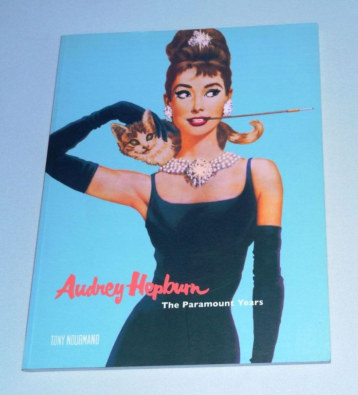 Audrey Hepburn : The Paramount Years by Tony Nourmand (2007, Soft-Covers) Book  #AudreyHepburn  #Hollywood   #IconicActress  #MovieStar   #ParamountStudios