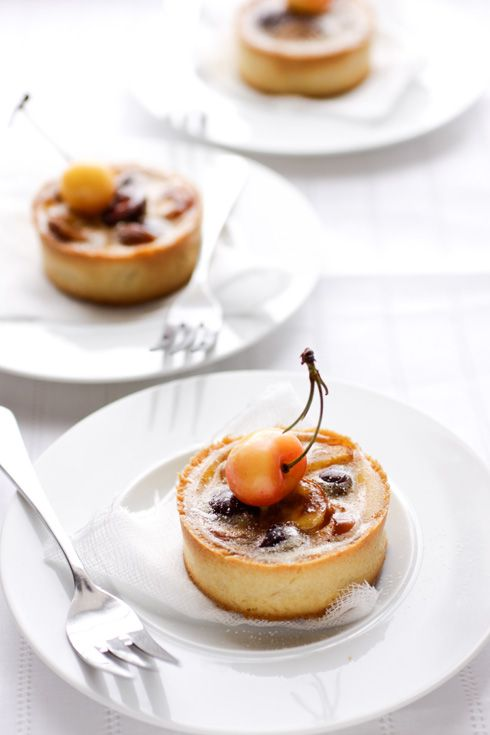 Cherry, Cinnamon & Vanilla Flan Tarts - Cannelle et Vanille