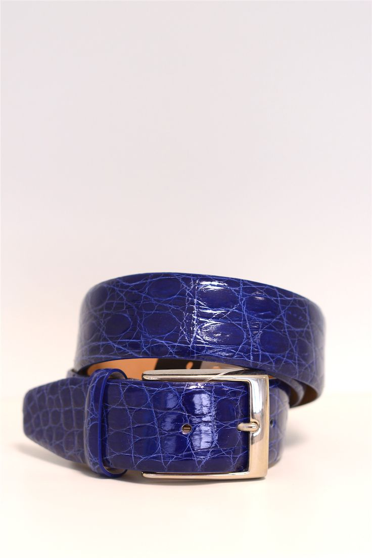 buy it online! www.pelletteriamassi.it #man #leather #accesories #belt #vogue