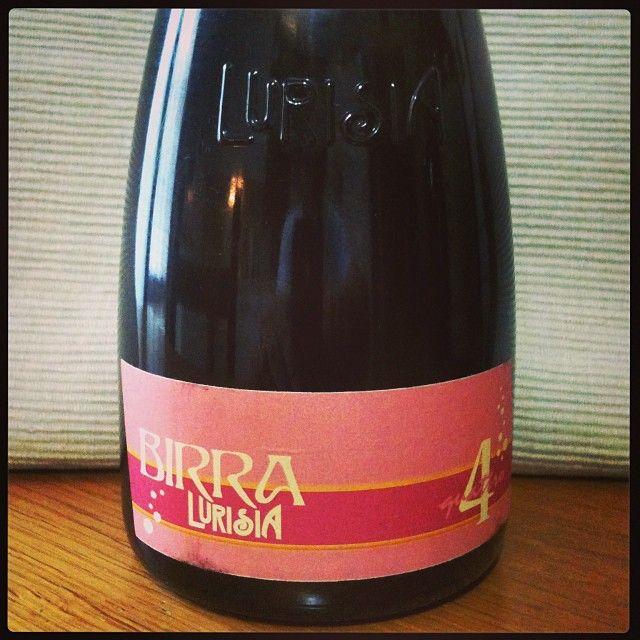 Birra Lurisia 4 #unabirraalgiorno / Stile Spice, Italia. Prodotta da Teo Musso per Lurisia. Nata per celebrare la dolcezza e la femminilità, colore rosato, schiuma persistente, sentore floreale, alc. 3,8%