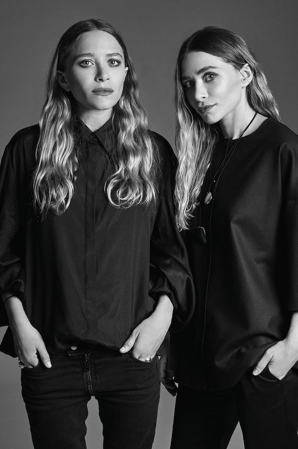 Mary-Kate & Ashley Olsen // long wavy hair & sleek all-black looks #style #olsenstwins