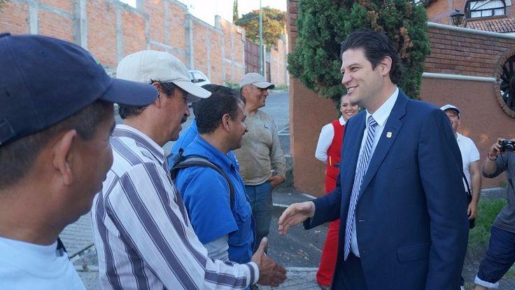 El alcalde de Morelia supervisó los trabajos de limpieza en el canal que conduce agua de la Presa de Cointzio a la planta potabilizadora de Vista Bella, la cual requirió ...