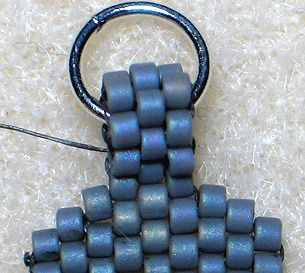Peyote Stitch Finishing Touches  - increasing and decreasing.- free tutorial | JewelryLessons.com