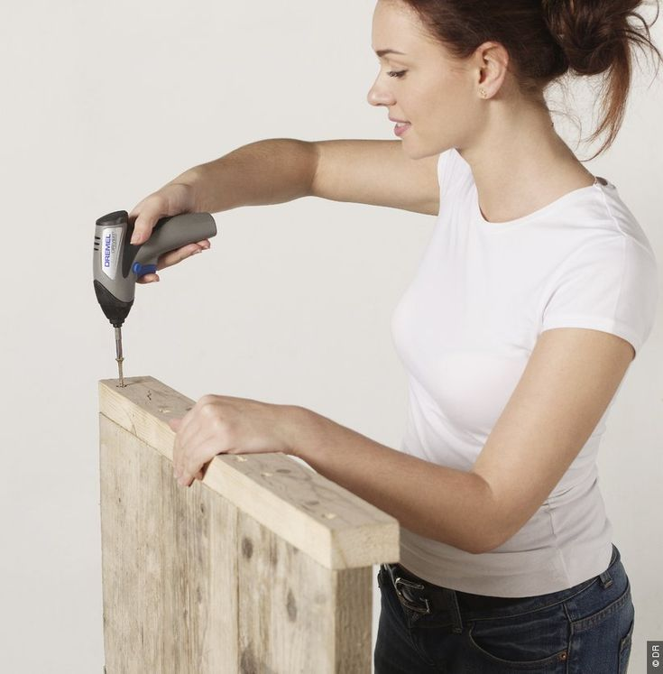 Fabriquer un banc en bois en sept tapes banc - Fabriquer un banc en palette ...