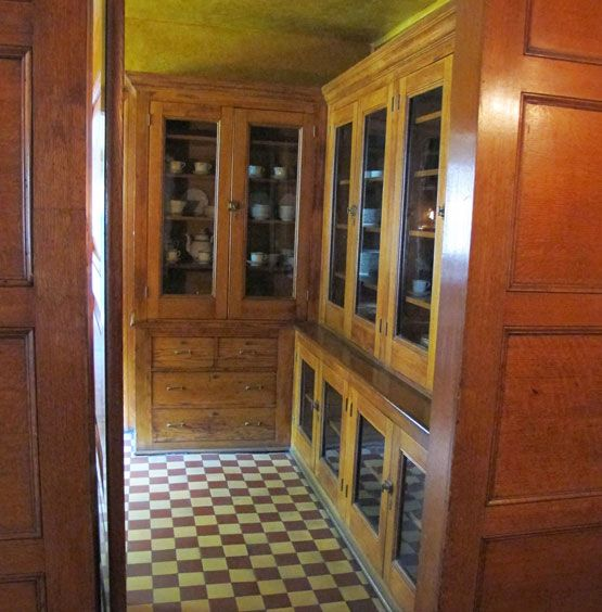 Victorian Kitchen Floor: 370 Best Victorian Butler's Pantry Images On Pinterest