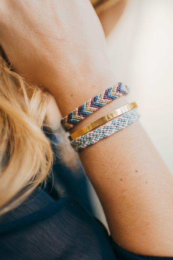 bracelet diy tutorial - photo by Cambria Grace - view more: http://ruffledblog.com/valentines-day-friendship-bracelet-diy/