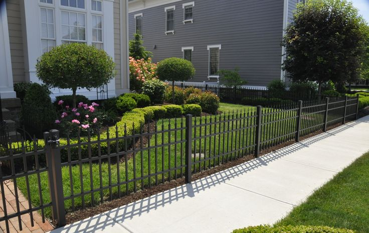 Clean The Decorative Wrought Iron Railing : Clean The Decorative Wrought Iron Railing : Landscaping with Wrought ...
