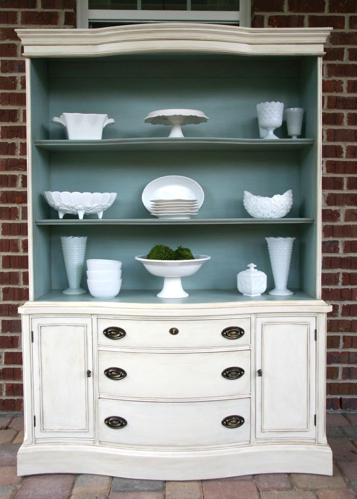 OH how I miss my buffet cabinet!! Mine didn't have the hutch ...How-to-age-furniture-with-paint-canarystreetcrafts.com
