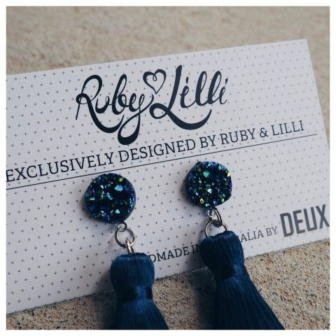 RUBY & LILLI + DEUX. COLLABORATION  Exclusively designed by Ruby & Lilli for #RubyAndLilliLovers and lovingly handmade in Australia by DEUX.  Ruby & Lilli and DEUX. are both Australian #GirlBoss Designers bringing Limited Edition Luxury products to the women of Australia. These gorgeous earrings are an EXCLUSIVE design dreamed up by Ruby & Lilli and made real (by hand with love) by DEUX.  R&L + DEUX. Navy Crystal Earrings [PRE-ORDER]