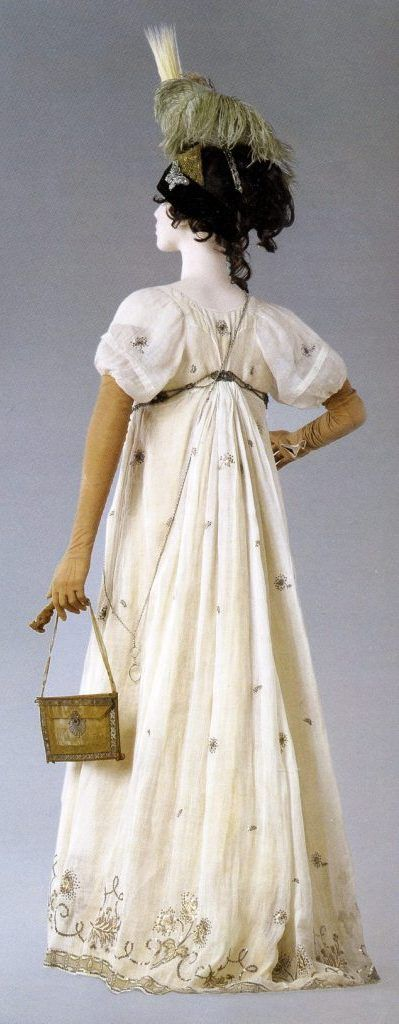 Linen batiste gown embroidered with silk and silver thread. 'Fortunee' Napoleon and the Empire of Fashion 1798. Baretto and Lancaster, 2010.