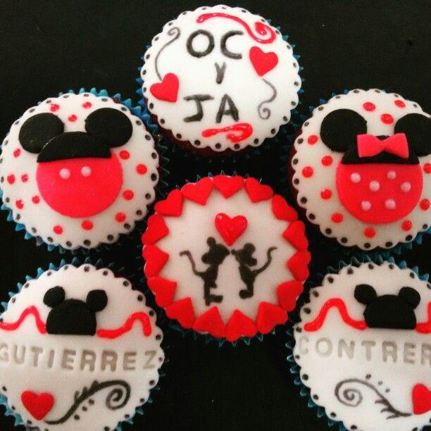 Cup cakes de red velvet 14 de febrero