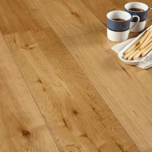 Colours Jazzy Oak Real Wood Top Layer Flooring 1.44m² Pack | Departments | DIY at B&Q