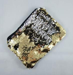 Look awesome with this Gold and Silver Mermaid sequin padded Coin Pouch