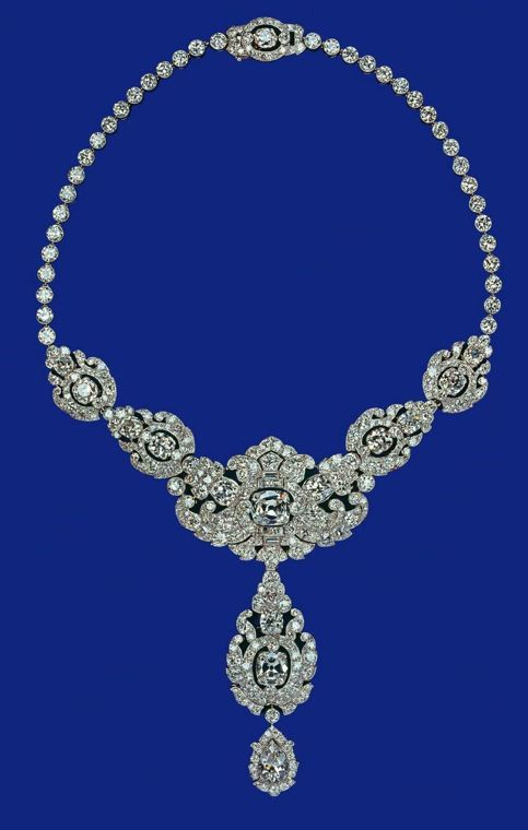 The Royal Collection - Queen's Nizam of Hyderabad diamond necklace