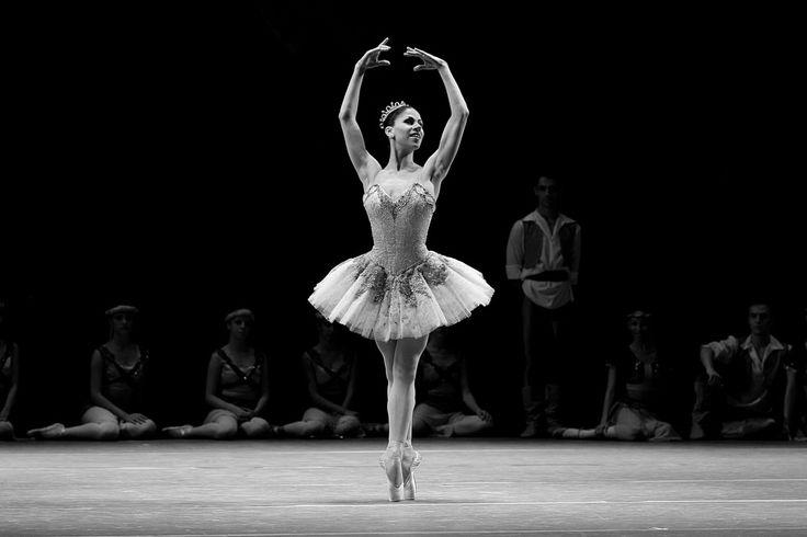 https://flic.kr/p/GTdvbg | Argentine ballet dancer Paloma Herrera at the Teatro Positivo, Curitiba - By F. Riesemberg | Argentine ballet dancer Paloma Herrera at the Teatro Positivo, Curitiba - By F. Risemberg