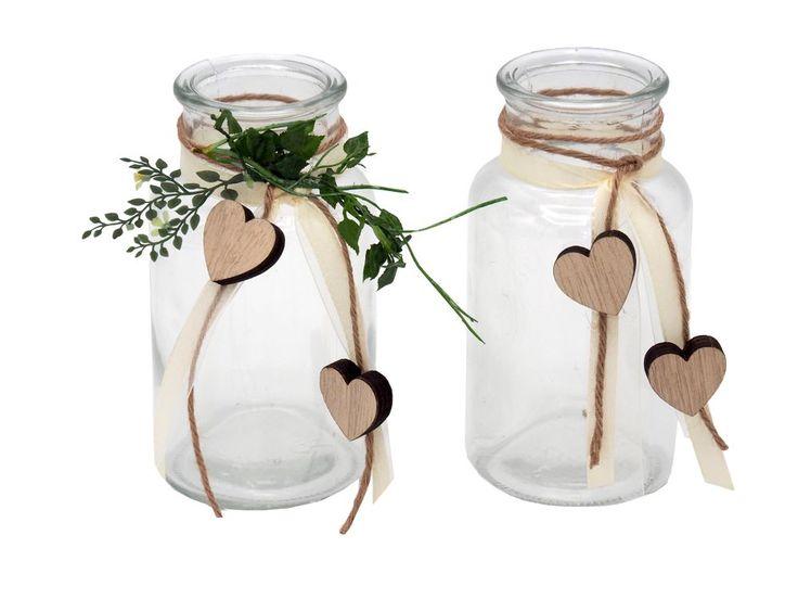 Diese bezaubernden, liebevoll gestalteten Gläser im Vintage-Stil sorgen als Tischdeko mühelos für eine romantische Atmosphäre auf Ihrer Hochzeit oder Geburtstag.
