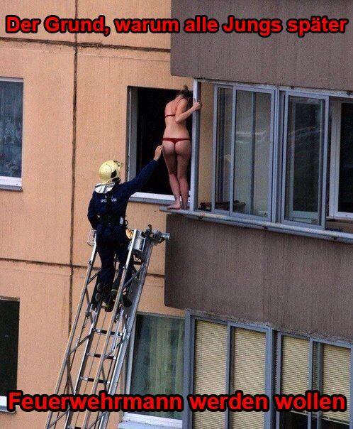 """""""Der Grund, warum die Jungs später Feuerwehrmann werden wollen""""  #FFW #FW #Feuerwehr #Freiwillige #ehrenamt #FWLeitstelle #feuerwehrleute #feuerwehrmann #humor"""
