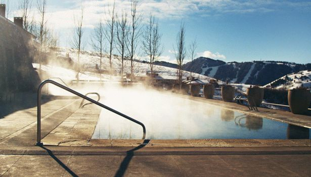 A warm, steamy pool on a cold morning. | 32 Things That Will Make You Feel All Warm And Fuzzy Inside