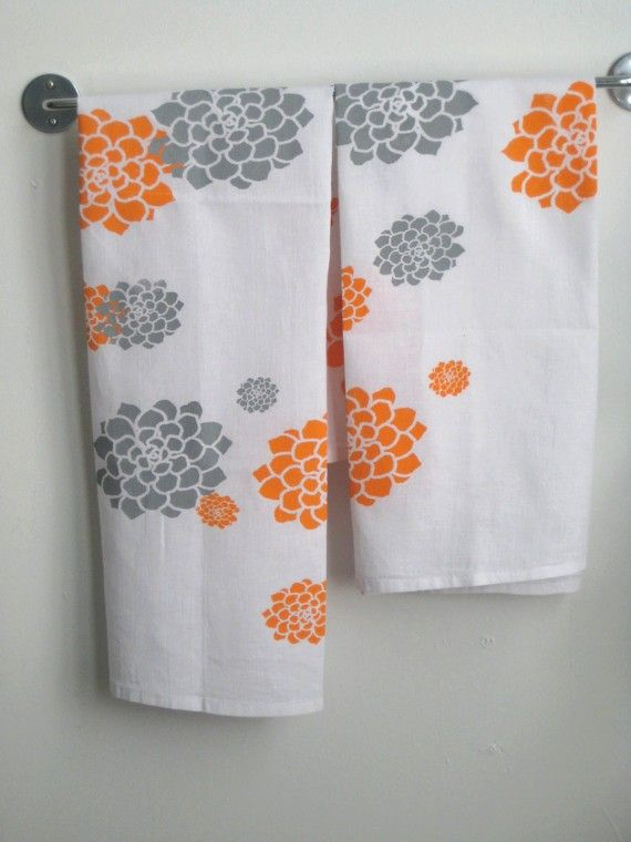 Packaged Set Of 2 Dishtowels In Orange And Grey By