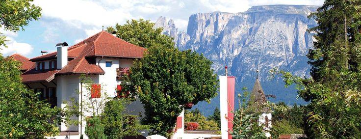Hotel Dolomiten ***S Ein starkes Stück Natur! In dem familiengeführten Hotel Dolomiten am Ritten oberhalb von Bozen, mehr auf www.travelina.ch
