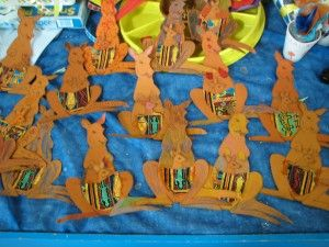 "A You Tube video of the dreamtime story  ""How the Kangaroo Got Her Pouch"" + an Aboriginal art activity"
