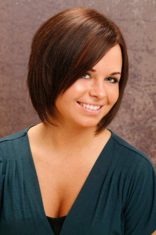 short haircuts for women with round faces hairstyles for faces haircuts for 9662 | 44eecd6af6b79261c527ae080509b486
