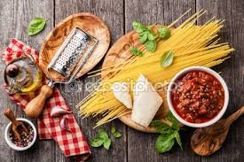 Znalezione obrazy dla zapytania spaghetti bolognese