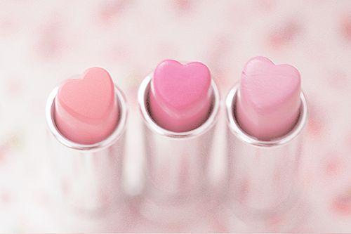 Rouge à lèvres en forme de cœurs ❤️