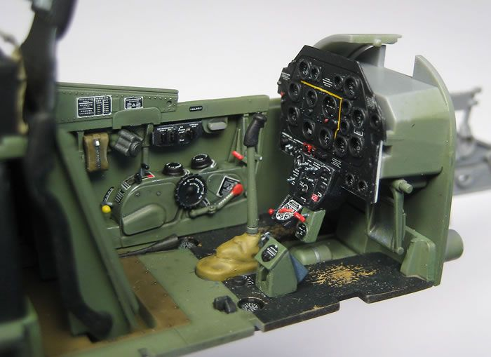 Mustang Cockpit Stencils and Placards Review by Rodger Kelly (Barracuda Studios 1/32)