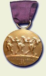In 1994, President Clinton awarded Cruz the National Medal of Arts.