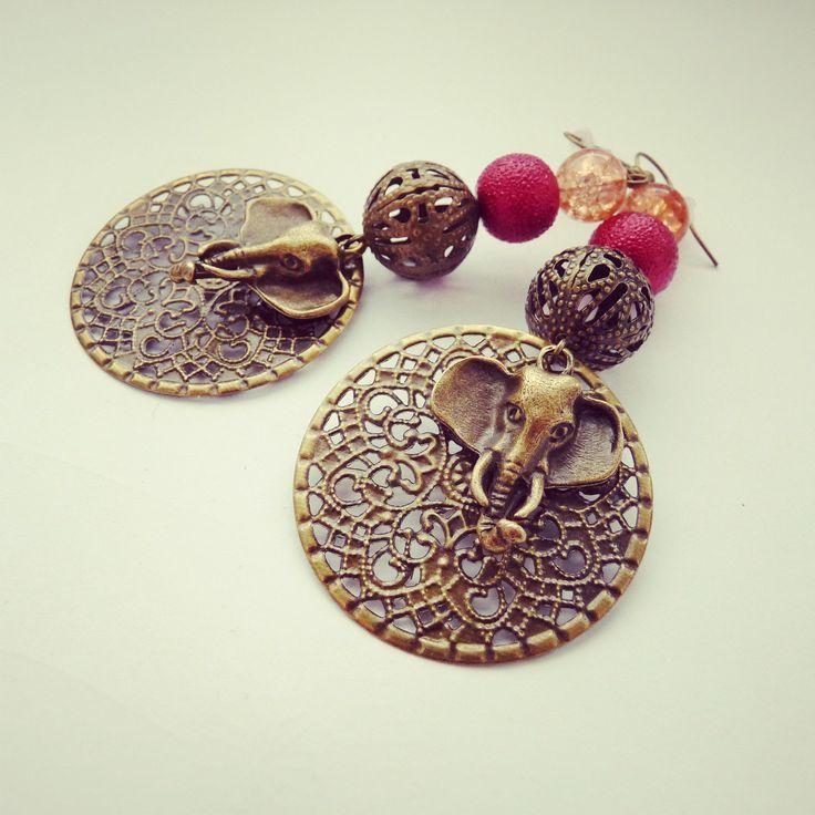 handmade earrings, elepfhant, red, orange, africa BY SHARYS