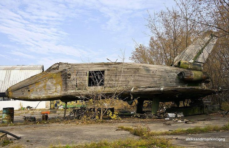 This rotting 1:3 scale wind tunnel model at Zhukovsky Airport, Moscow, was a relic of the abandoned Buran space shuttle programme until it was destroyed.
