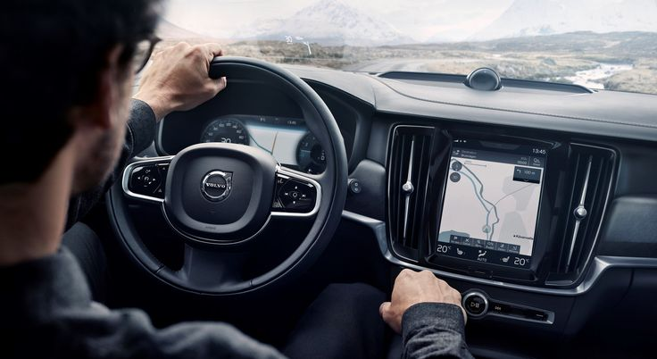Volvo V90 Cross Country | RED Live
