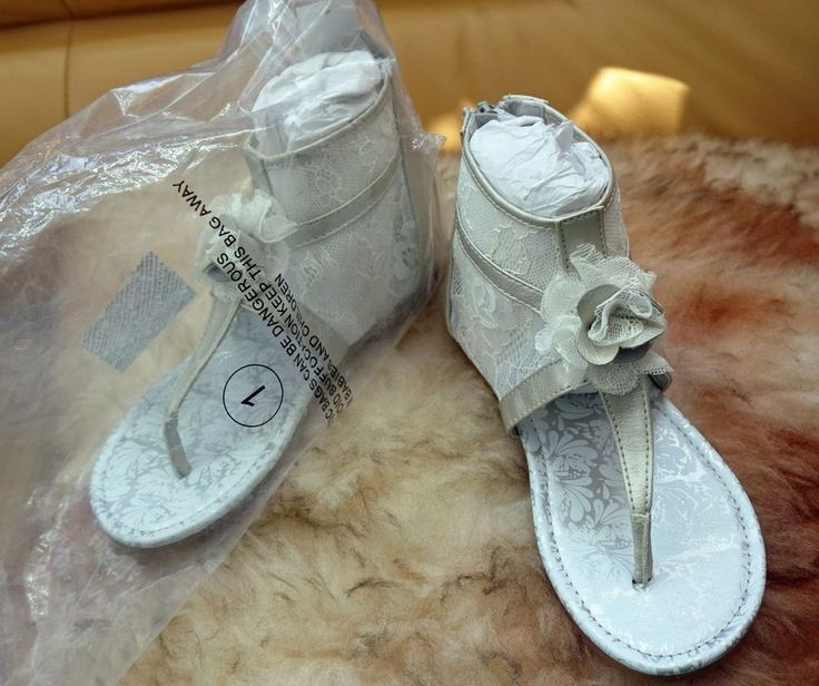 NAARTJIE KIDS RUBY LACE SANDALS GIRLS SHOES SIZE 1 YOUTH SILVER WHITE FLOWER NWT #Naartjie #Sandals #Party