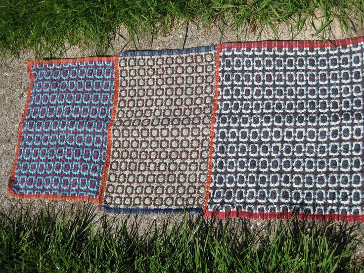 Karklude I deflected double weave
