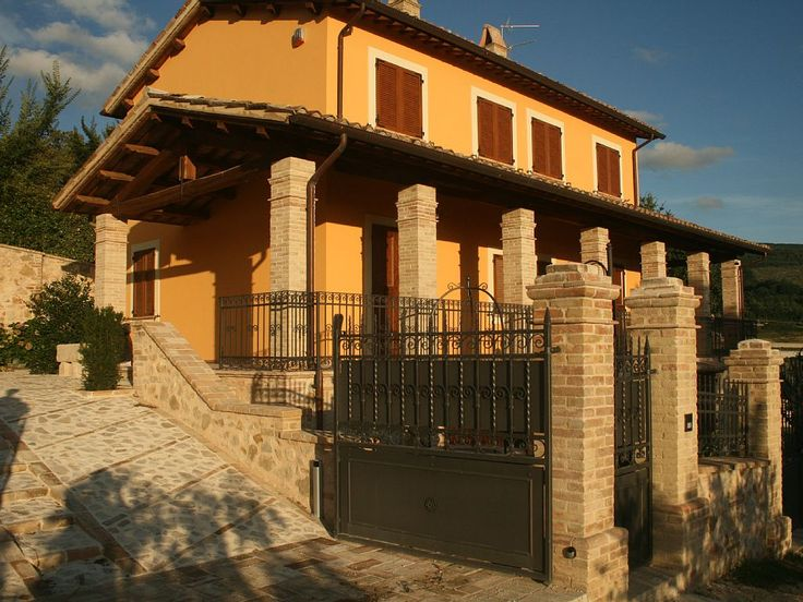 750176 Old Country House and Pool in Umbrian