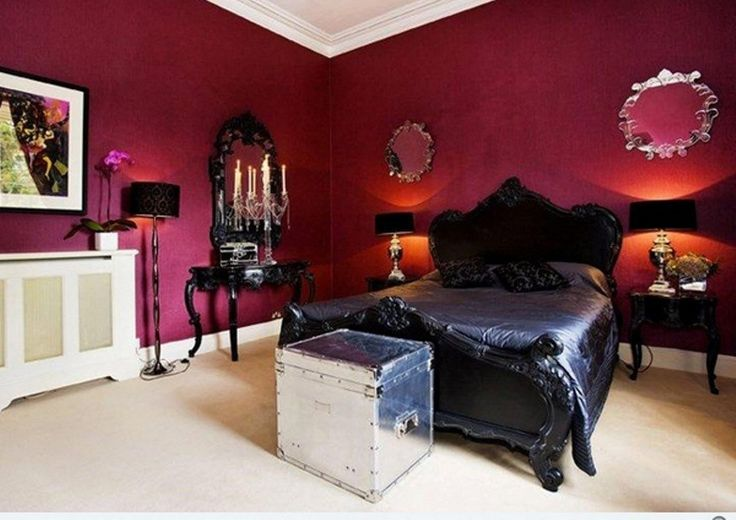 Creating An Elegant And Dark Gothic Bedroom Style