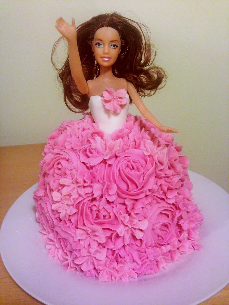 Pink Barbie cake - my first attempt!