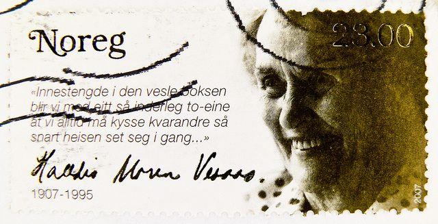 beautiful stamp Noreg Norge 23.00 Kr. portrait Halldis Moren Vesaas, writer (1907-1995)
