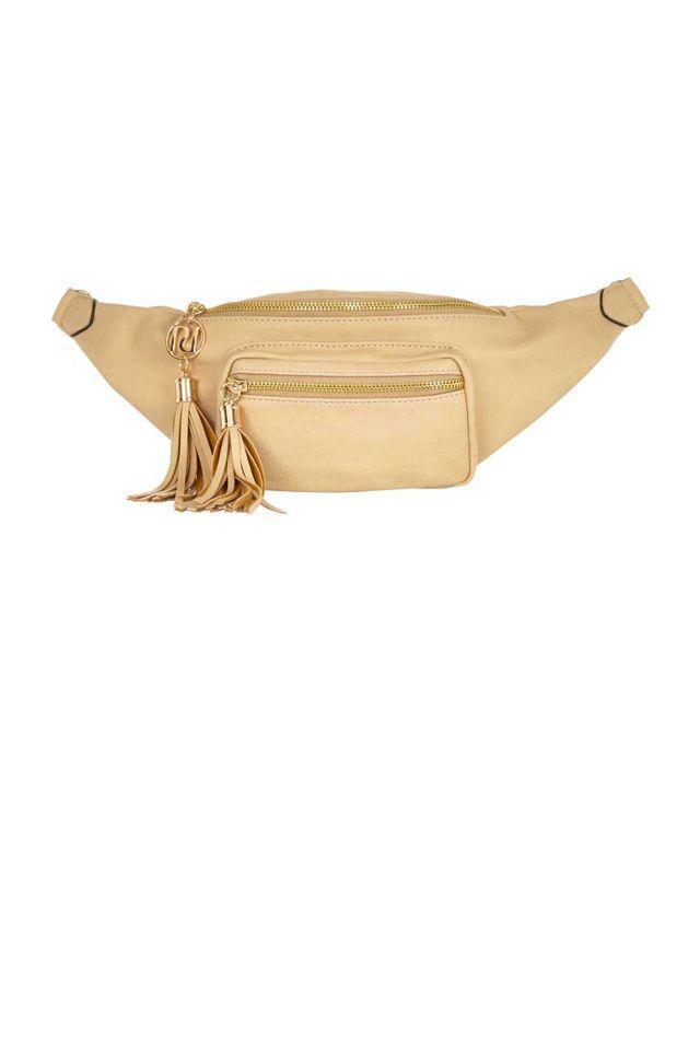 Un sac banane nude
