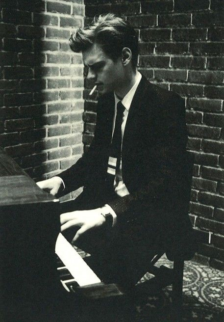 matthew gray gubler. So cute when he plays the piano. Love the episode in criminal minds where he plays the piano with the kid.