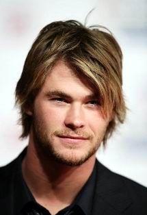 Chris Hemsworth shaggy haircut