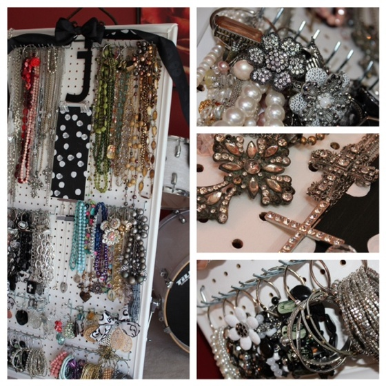 Here's my DIY JEWELRY board - (2x5 feet) on one of my giant #EASELS.