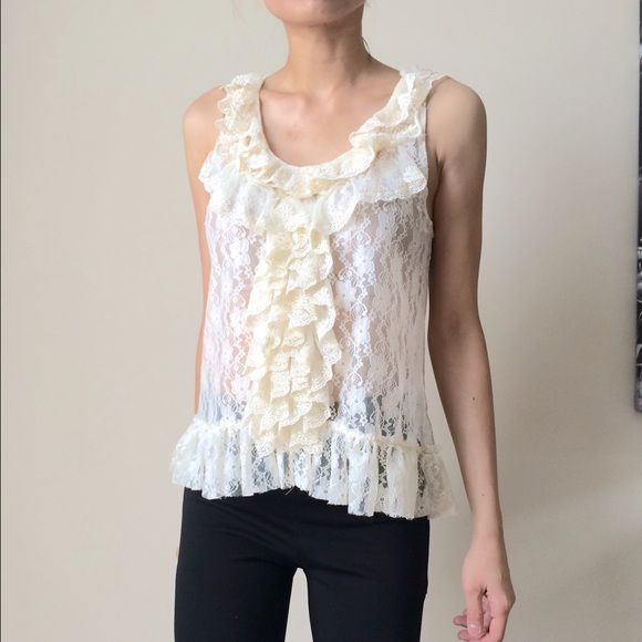 ✳️SALE Lace ruffle top Lace ruffles top Tops