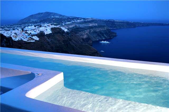 A Great Evening in Santorini at Alexander villas